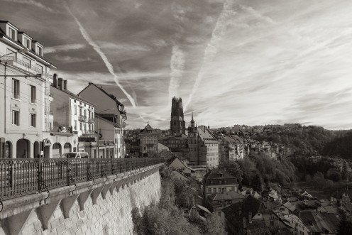 fribourg-rue-alpes