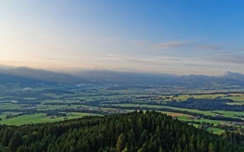 La verte Gruyère vue de la tour du Gibloux