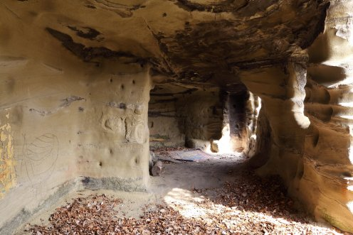 interieur-grotte-grandfey