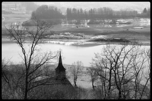 chapelle-ile-ogoz