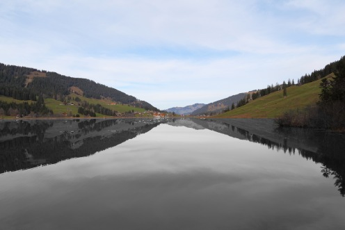lac-noir-miroir