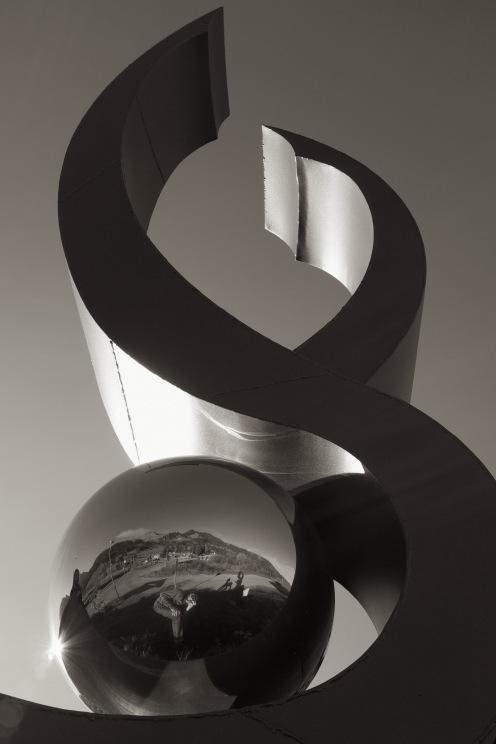 lac-noir-sculpture-sf