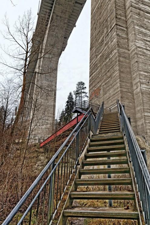 escalier-passerelle-perolles