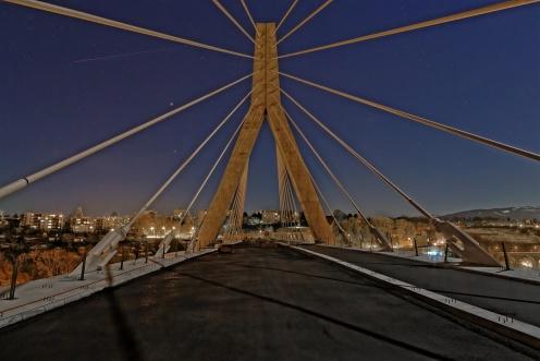chantier-pont-poya-nuit