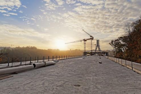 pont-poya-soleil-levant