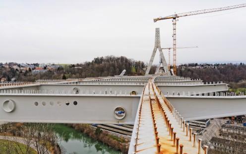 structure-metalique-pont-poya