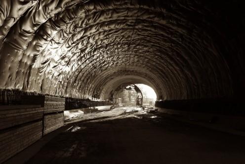 tunnel-poya-m