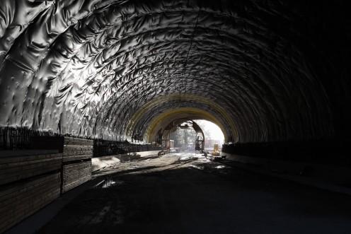 tunnel-poya