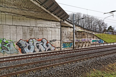 graffitis-pont-cff